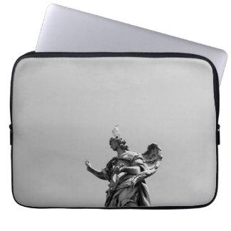 Sleeve Para Notebook Foto simples, moderna da gaivota sobre a estátua