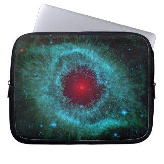 Sleeve Para Notebook Olho empoeirado da nebulosa NGC 7293 da hélice