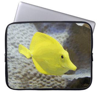 Sleeve Para Notebook Peixes corais amarelos brilhantes e alegres