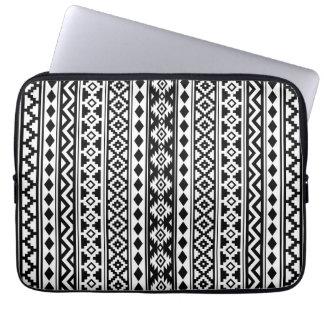 Sleeve Para Notebook Preto & branco verticais de Ptn IIb da essência