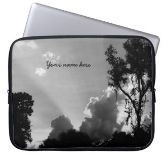 Sleeve Para Notebook Raios personalizados de B&W Sun no por do sol