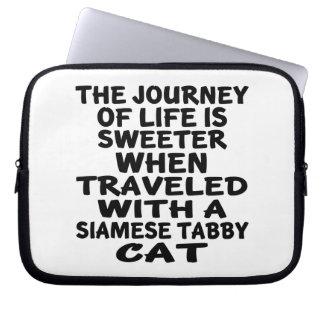 Sleeve Para Notebook Viajado com o gato de gato malhado Siamese