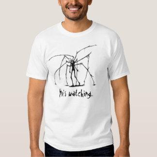 Slenderman que está olhando camisetas