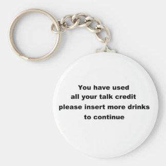 slogan engraçado do bebendo chaveiro