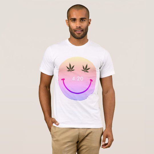 Smiley face de MkFMJ Camiseta