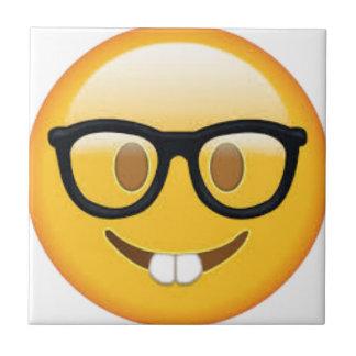Smiley face Geeky de Emoji