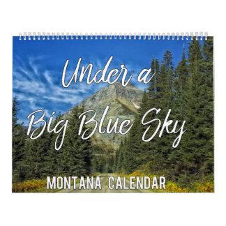 Sob um calendário grande de Montana 2018 do céu