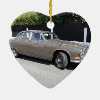 soberano de Daimler dos anos 60 Ornamento De Cerâmica Coração