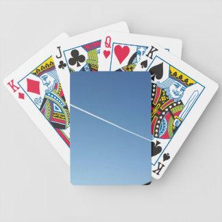 sobre o telhado cartas de baralhos