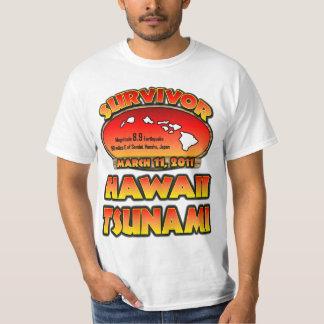 Sobrevivente - tsunami de Kauai, Havaí T-shirts
