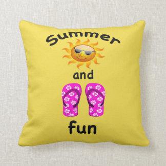 Sol do verão e travesseiro decorativo do almofada