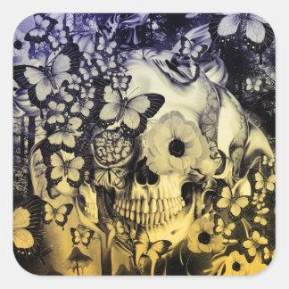 Sonho, crânio na ilustração da floresta adesivo quadrado