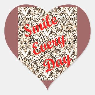 Sorri cada dia adesivo coração