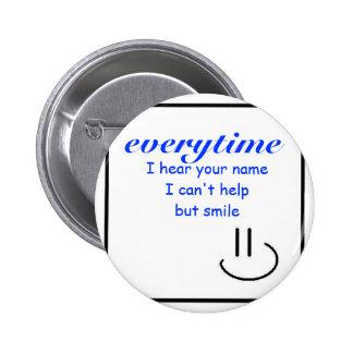 Sorriso em seu nome bóton redondo 5.08cm