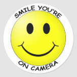 Sorriso você está na etiqueta redonda da câmera adesivos redondos