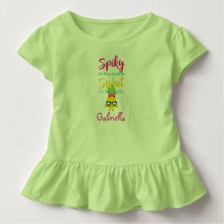 Spiky da parte externa do doce na camisa da