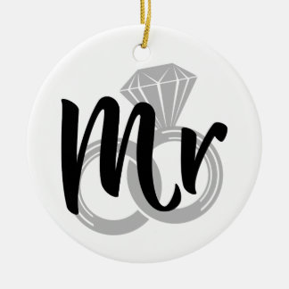 Sr. noivo da aliança de casamento ornamento de cerâmica redondo