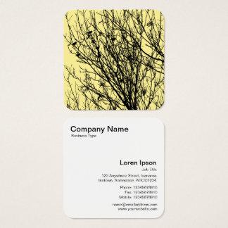 Starlings em uma árvore - preto em F5EA93 amarelo Cartão De Visitas Quadrado