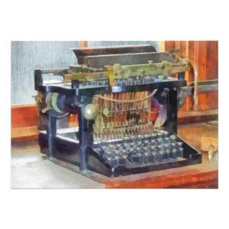 Steampunk - máquina de escrever do vintage convites