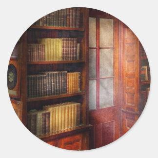 Steampunk - o estudo semi-privado adesivos em formato redondos