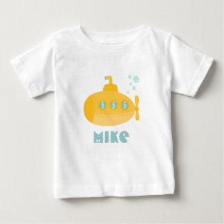 Submarino amarelo adorável submerso debaixo d'água camiseta para bebê