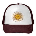Sun dourado do chapéu da praia da bandeira de maio bonés