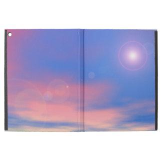 """Sun no fundo do céu do por do sol - 3D rendem Capa Para iPad Pro 12.9"""""""