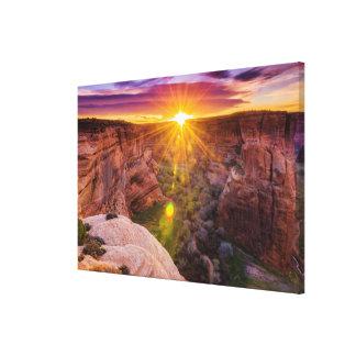 Sunburst em Garganta de Chelly, AZ Impressão Em Canvas