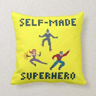 Super-herói da arte do pixel - travesseiro