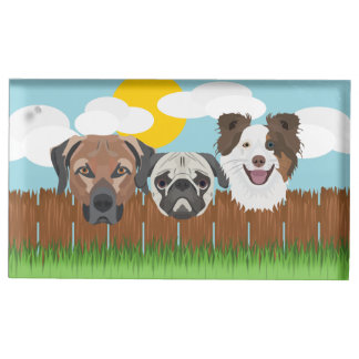Suporte Para Cartão De Mesa Cães afortunados da ilustração em uma cerca de