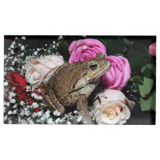 Suporte Para Cartão De Mesa Sapo do bastão nas flores