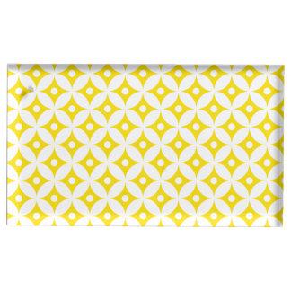 Suporte Para Cartão De Mesa Teste padrão de bolinhas amarelo e branco moderno