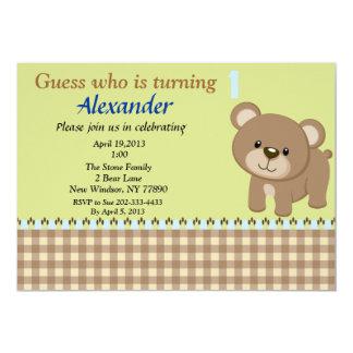 Suposição que está girando 1 convite do urso