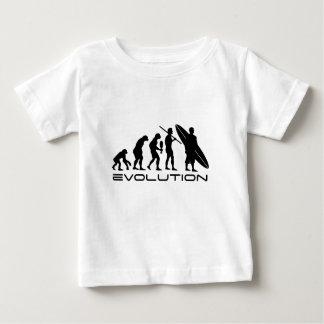Surfista da evolução camiseta para bebê