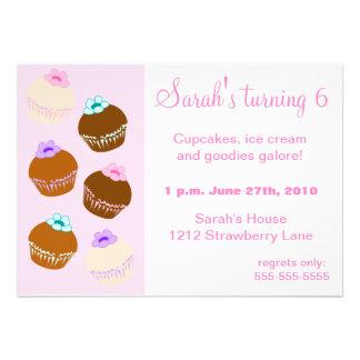 Surpresa do cupcake convites