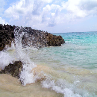 Bermuda Wave over lava rocks