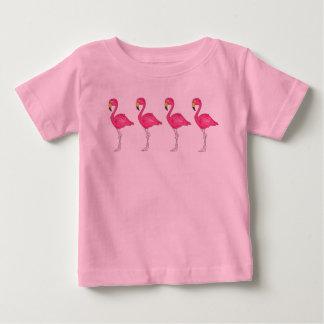 T cor-de-rosa tropical dos pássaros do pássaro dos camiseta para bebê