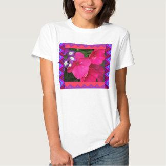 T da boneca:: Impatiens cor-de-rosa & beira T-shirts