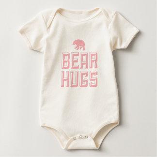 T da criança dos abraços de urso macacãozinho