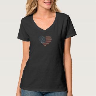 T do V-Pescoço das mulheres clássicas - coração Camiseta