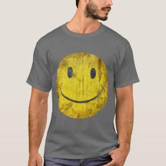T-shirt afligido do smiley face camiseta