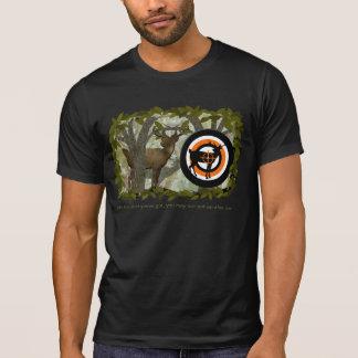 T-shirt alaranjado brilhante do caçador dos cervos