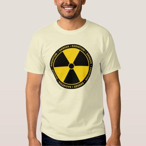 T-shirt amarelo do símbolo da radiação