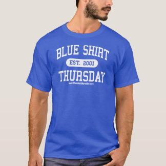 T-shirt atlético de quinta-feira da camisa azul