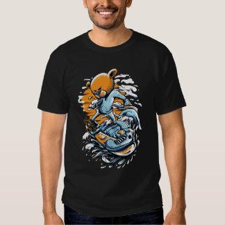 T-shirt básico do gajo do surfista