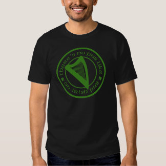 T-shirt básico do preto irlandês da harpa do bar