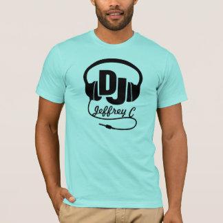 T-shirt conhecido do gráfico do preto do