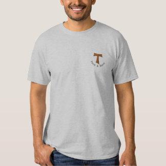 T-shirt da cruz de tau