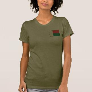 T-shirt da DK da bandeira e do mapa de Madagascar