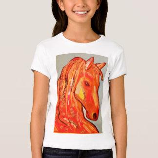 T-shirt da luva do boné das meninas com design